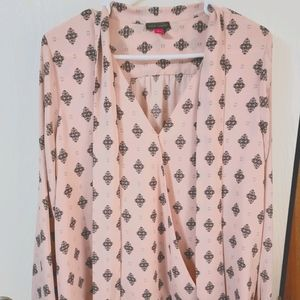 Vince Camuto Pink Patterned Blouse In Pink